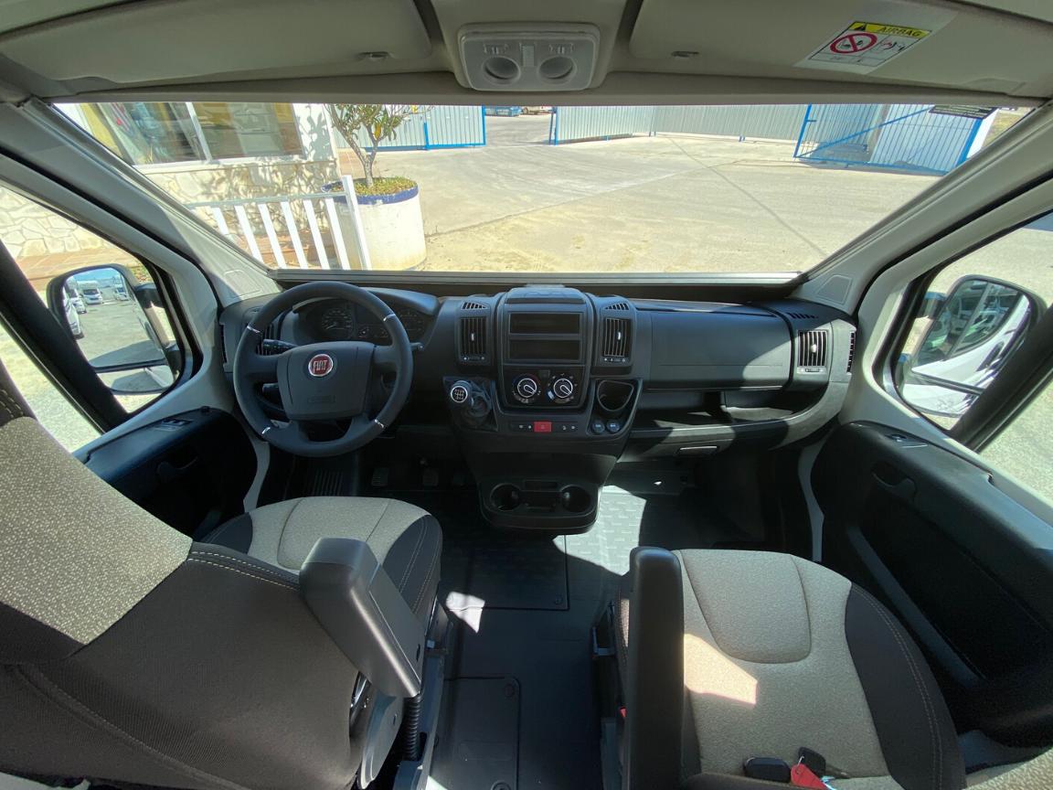 ROLLER TEAM LIVINSGTONE 5 SPORT  FIAT 140CV